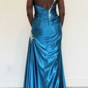Maggie Sottero  Homecoming Prom Formal Dress